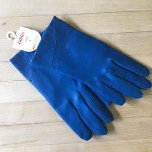 NWT VNT Blue Gloves